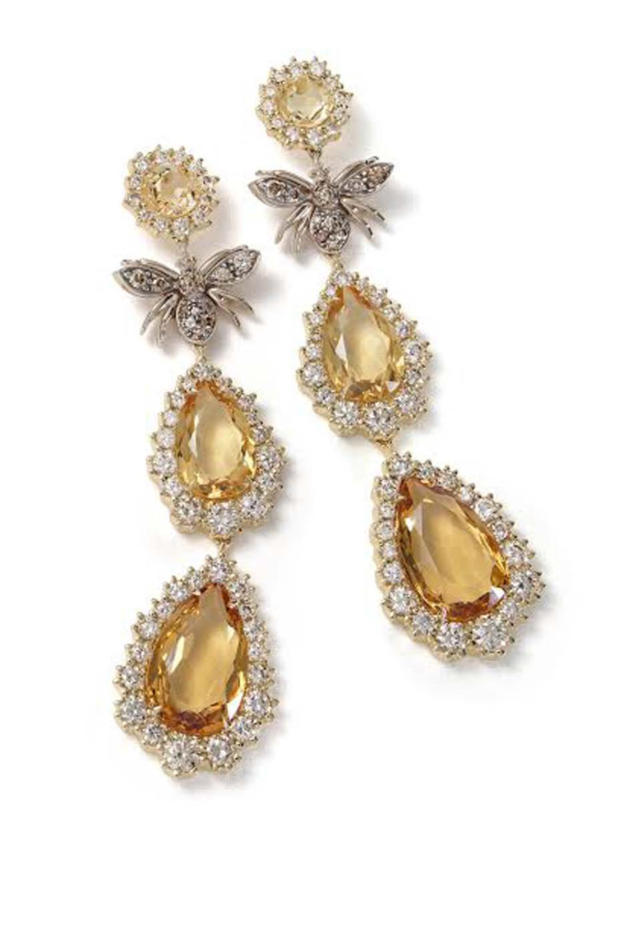 This striking pair of H.Stern drop earrings in yellow gold with cognac diamonds and citrine, are topped by a bee crafted from Noble gold.