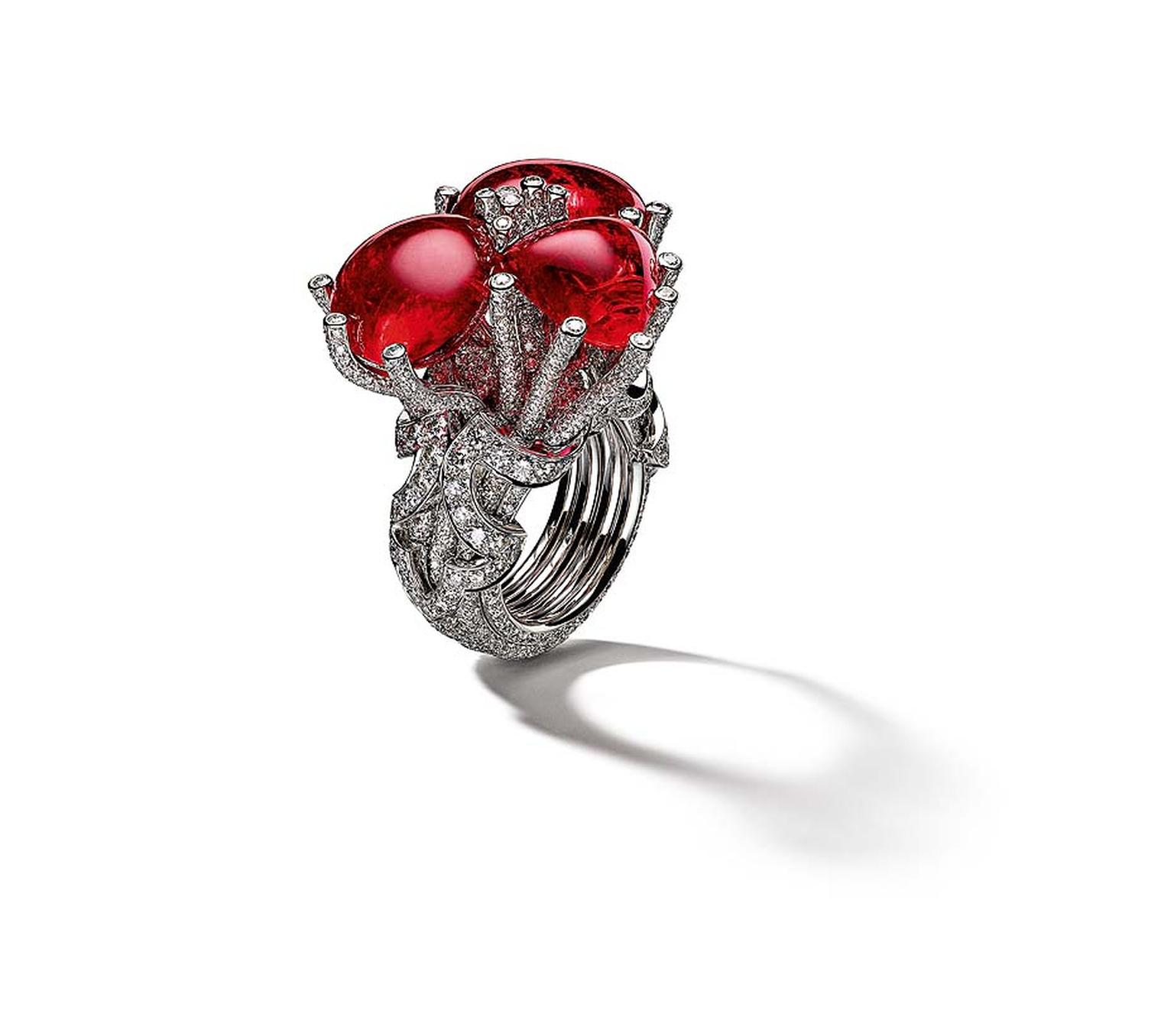 Giampiero Bodino Tesori Del Mare ring in white gold and diamonds, set with three red spinels.