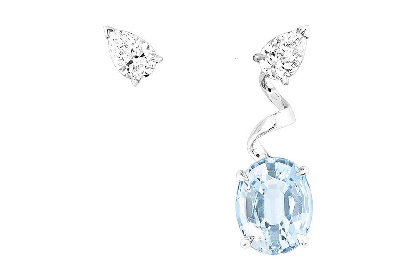 Dior earrings in white gold with diamonds and aquamarine from the new Diorama Precieuse collection.