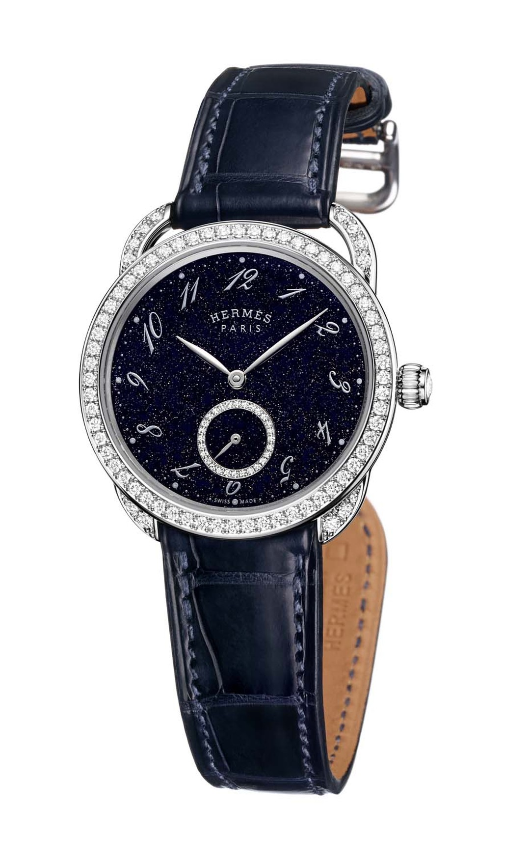 The Hermès Arceau Ecuyère Aventurine ladies' watch is a romantic ode to the night sky. The aventurine stone dial, sparkling with its natural metallic inclusions, recreates the effect of a dark blue sky, highlighted by a constellation of white diamonds on