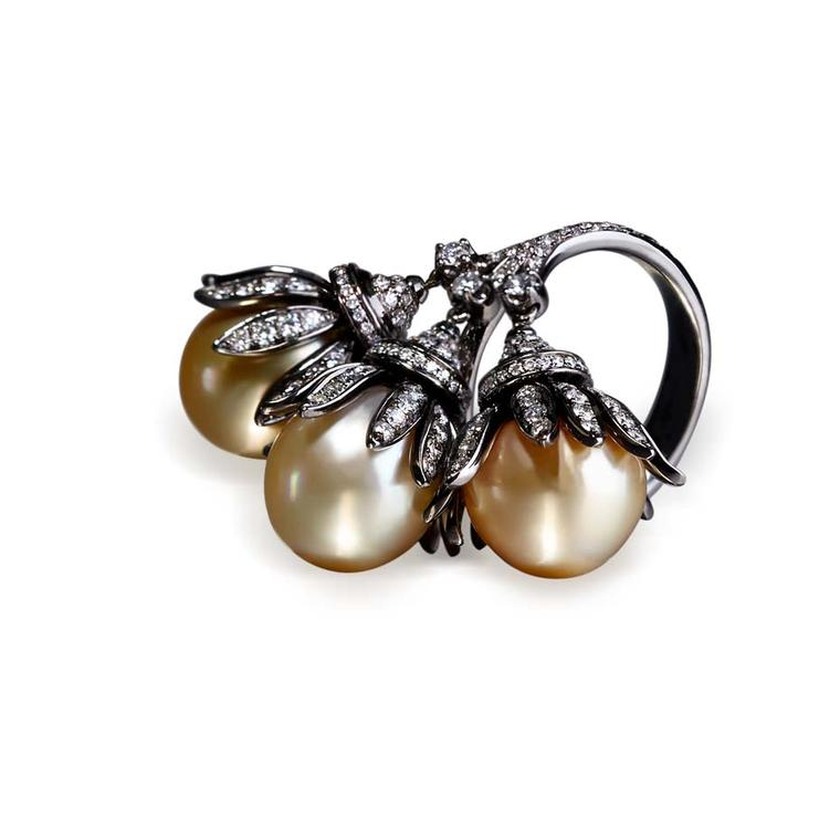 Annoushka Golden Pearls ring in black rhodium and white gold, set with rare South Sea pearls with a deep and perfectly unblemished golden lustre.