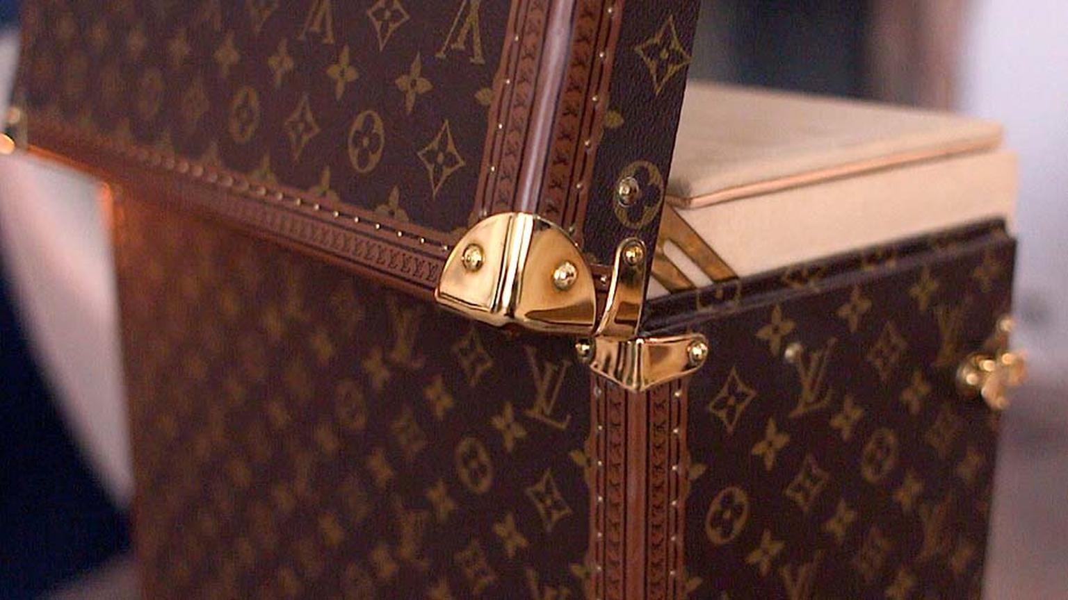 Louis Vuitton watches video_steamer trunk open.jpg