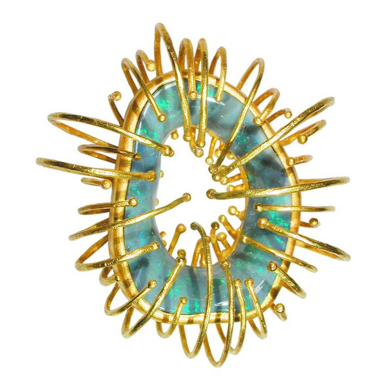 Sergio Spivach & Stefano Spivach (AQA contemporary opals) opal sculpture pendant in yellow gold, created using lost wax casting and hammered gold thread.