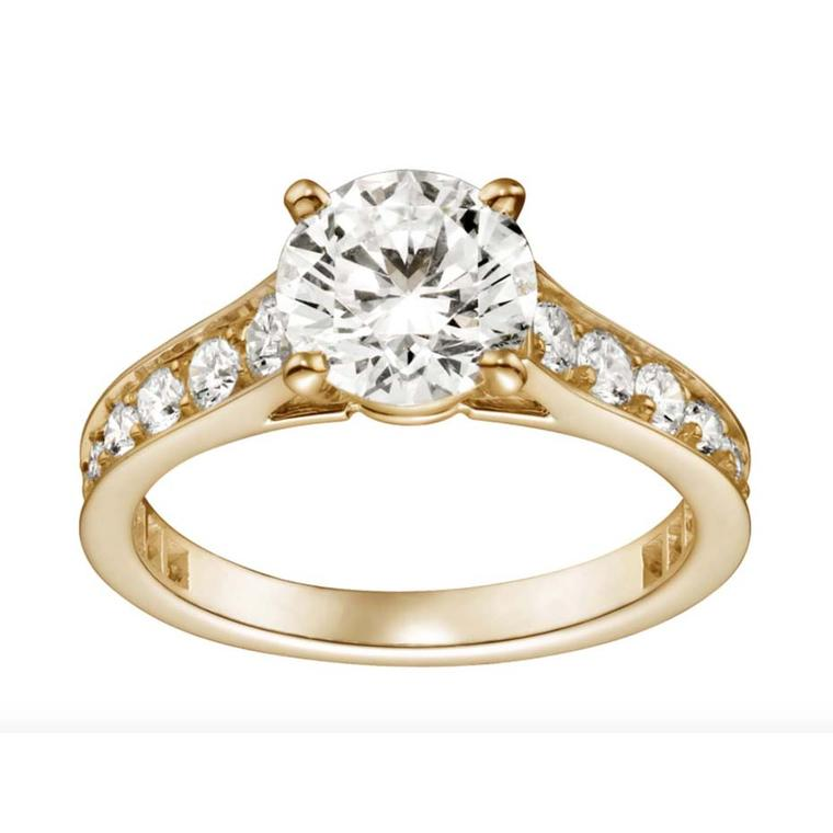 Cartier Solitaire 1895 diamond engagement ring in yellow gold, set with brilliant-cut diamonds.