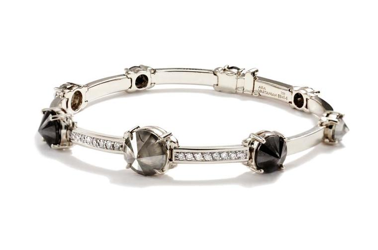 Ara Vartanian white gold bracelet with inverted black, smoke grey and white brilliant-cut diamonds.