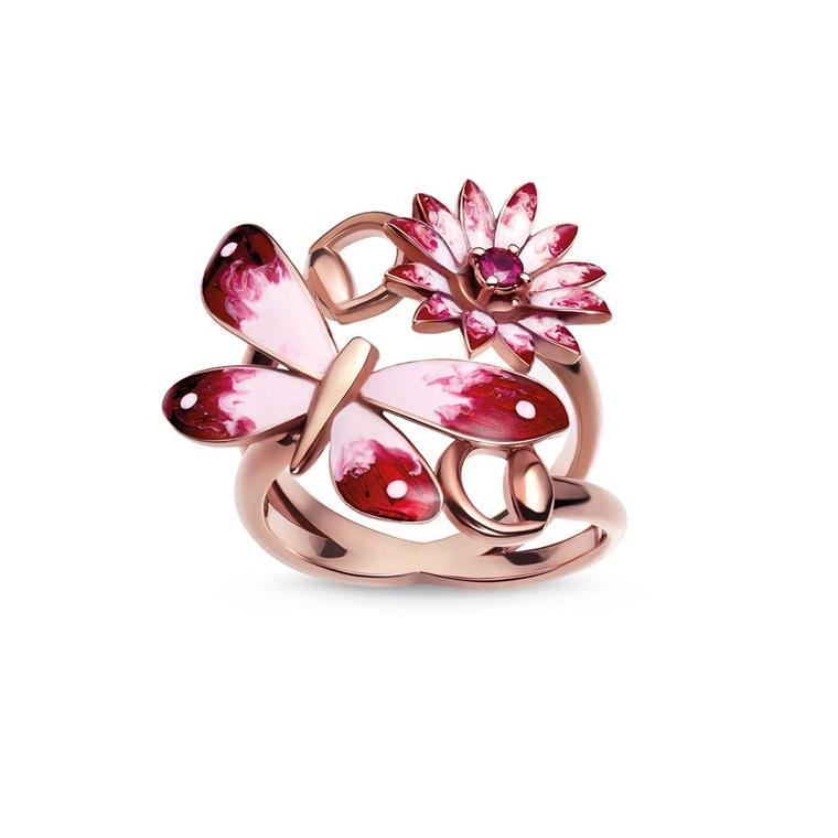 Gucci jewellery Flora ring in pink gold with an enamel butterfly and flower, set with a single ruby.
