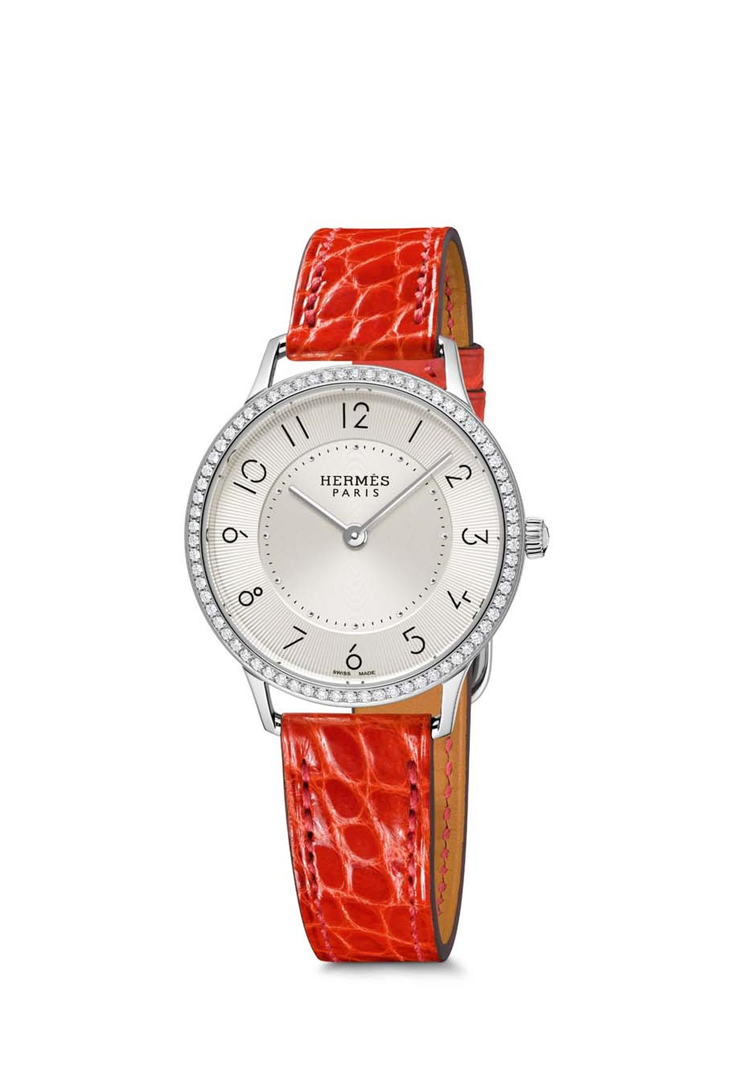Slim d'Hermès watch in a 32mm stainless steel case with a diamond-set bezel and Swiss quartz movement.