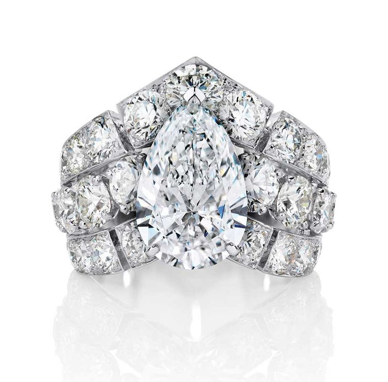 Big engagement rings the sky s the limit with these incredible diamond e