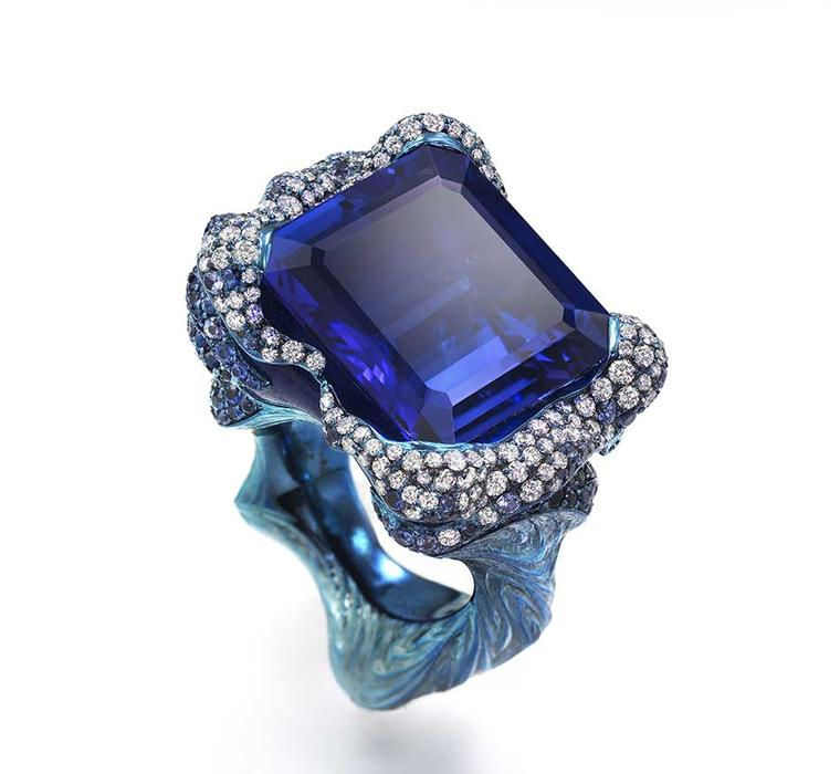 "Wallace Chan The Tempest tanzanite ring, set with a ""calm and mysterious"" 22.28ct tanzanite."