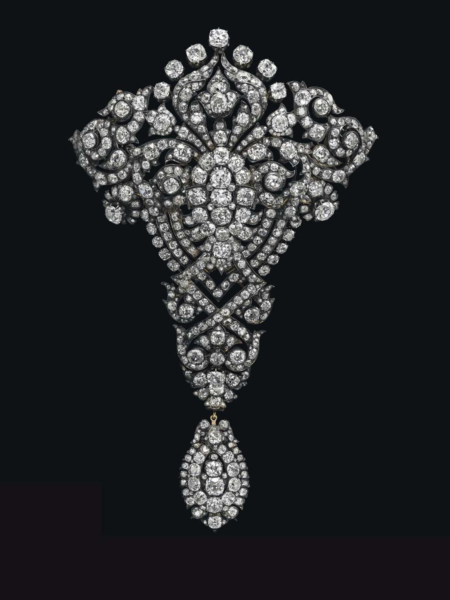 Christies_Magnificent Jewel Spring Sale_Devant de corsage brooch.jpg