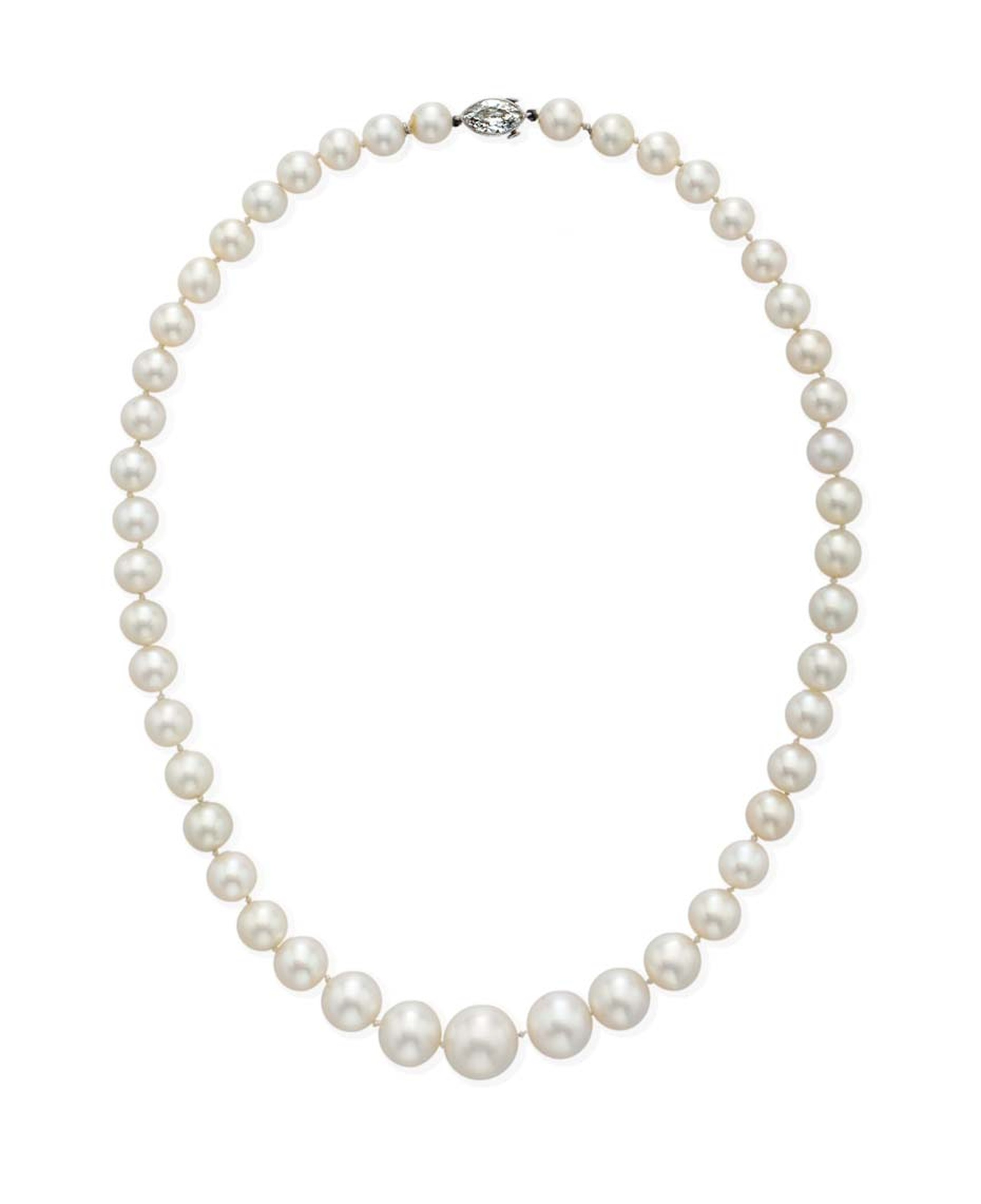 Natural pearls have been attracting a bidding frenzy at auction recently, and this single-strand natural pearl necklace continued the trend by outperforming its pre-sale estimate of $400-600,000 and achieving $1.05 million.