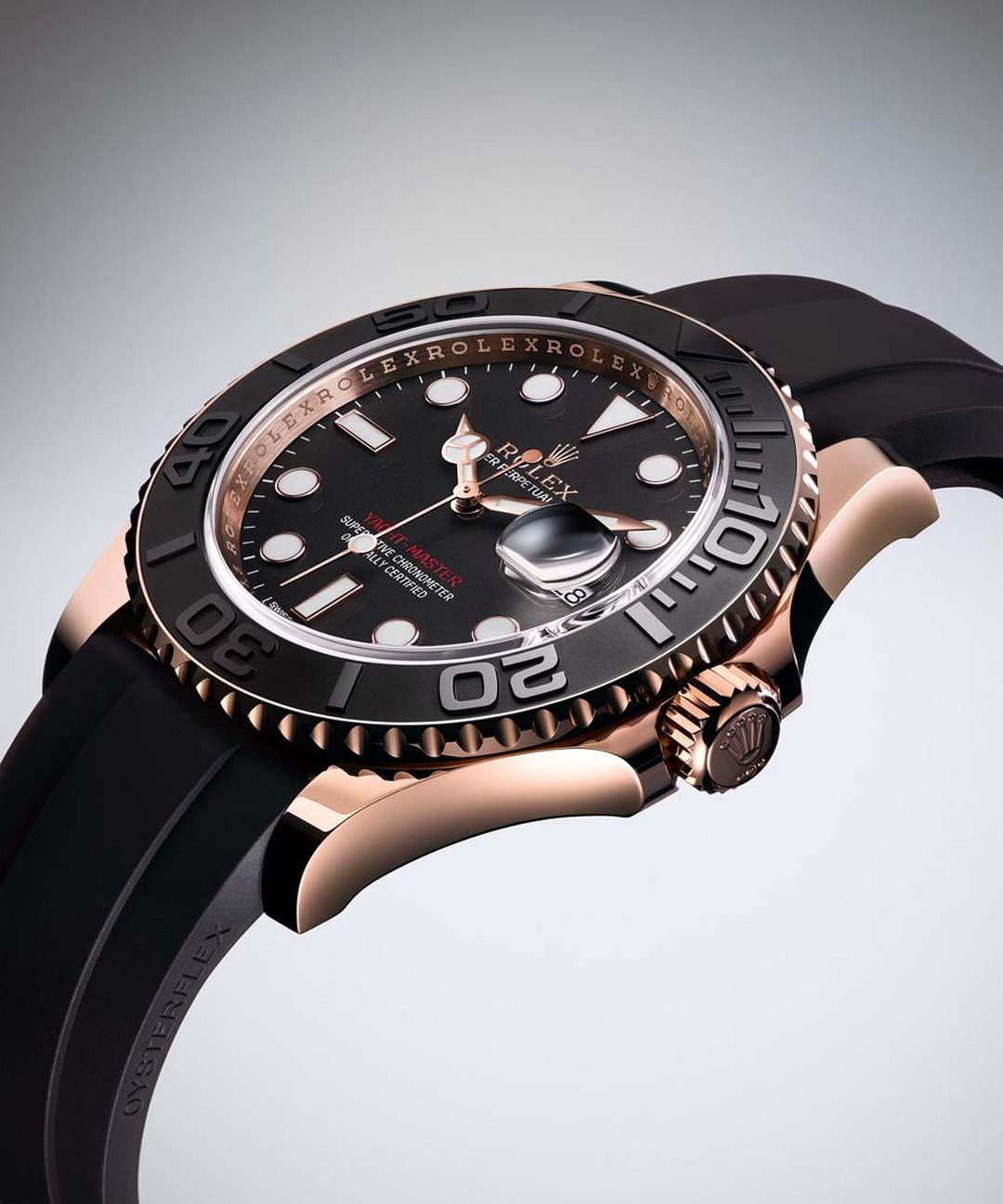 Rolex's new Yacht-Master 40mm watch comes on an innovative Oysterflex bracelet, a resilient and sporty alternative to the traditional metal bracelet. The high-tech strap is made from blades of flexible metal, which are covered in black elastomer for enhan