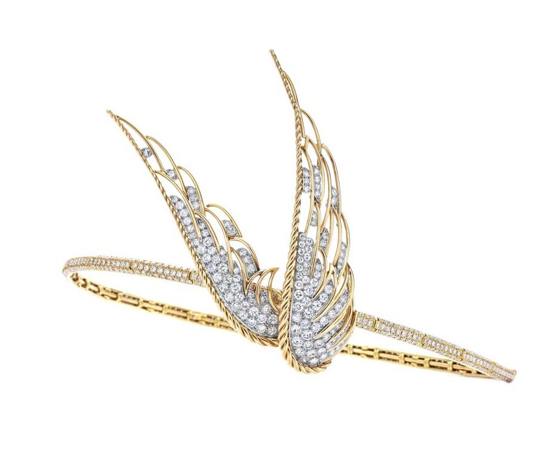 Fred Leighton bridal tiara in yellow gold with pavé diamonds featuring a 1950s Winged Victory brooch.
