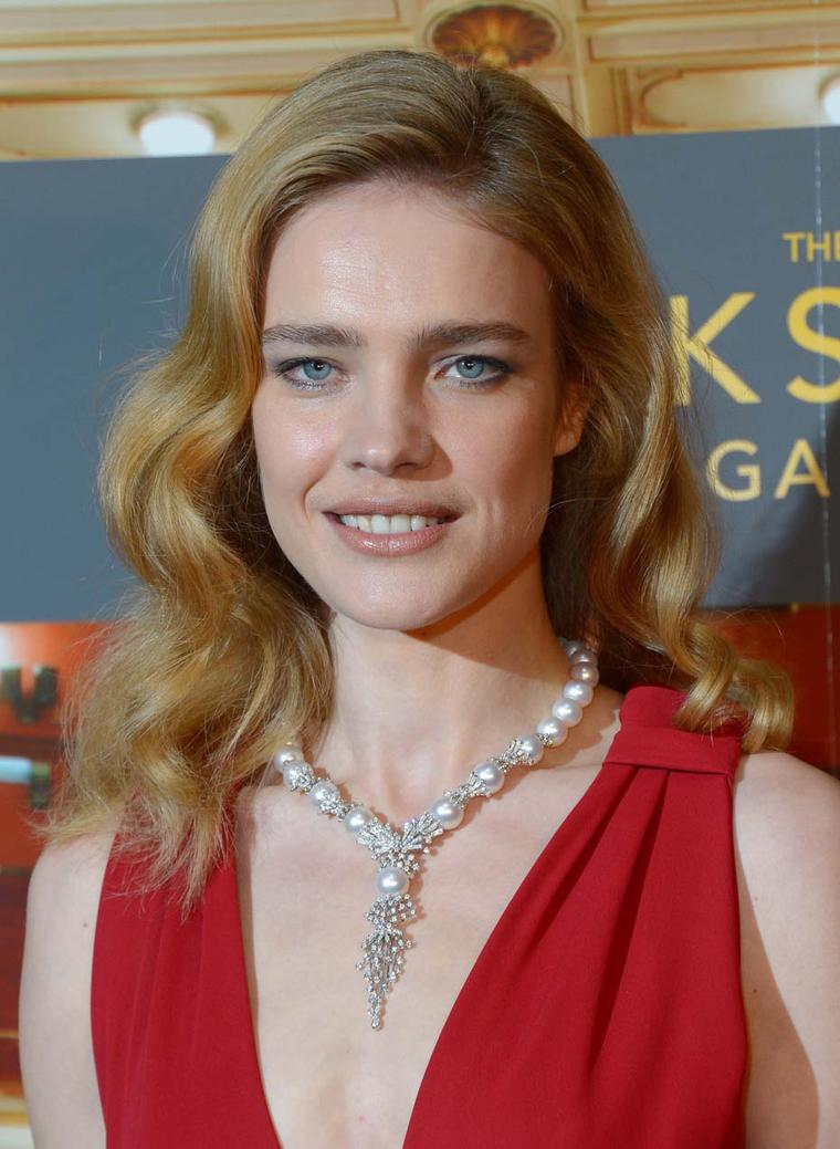 Supermodel Natalia Vodianova stuns in a YOKO London pearl necklace