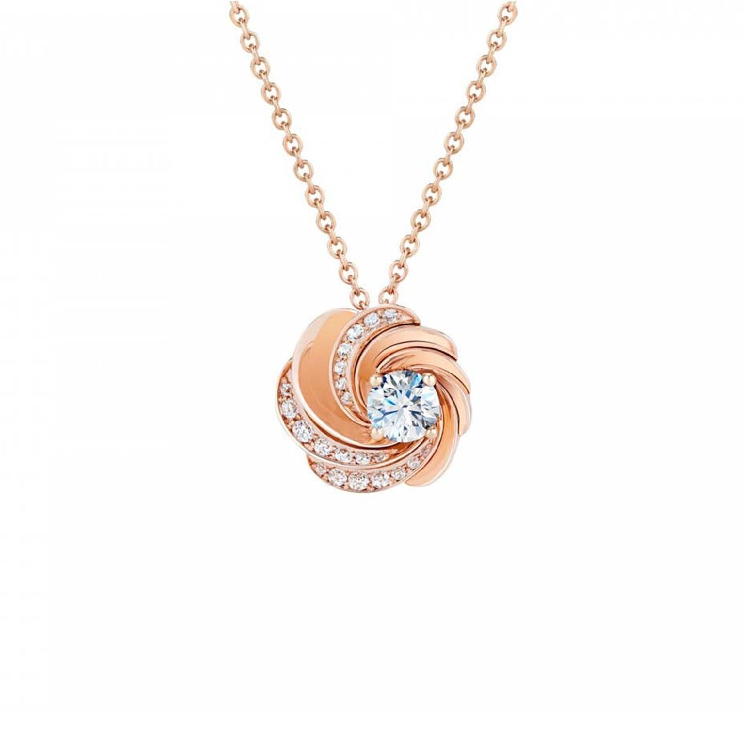 De Beers Aria rose gold necklace with diamonds.