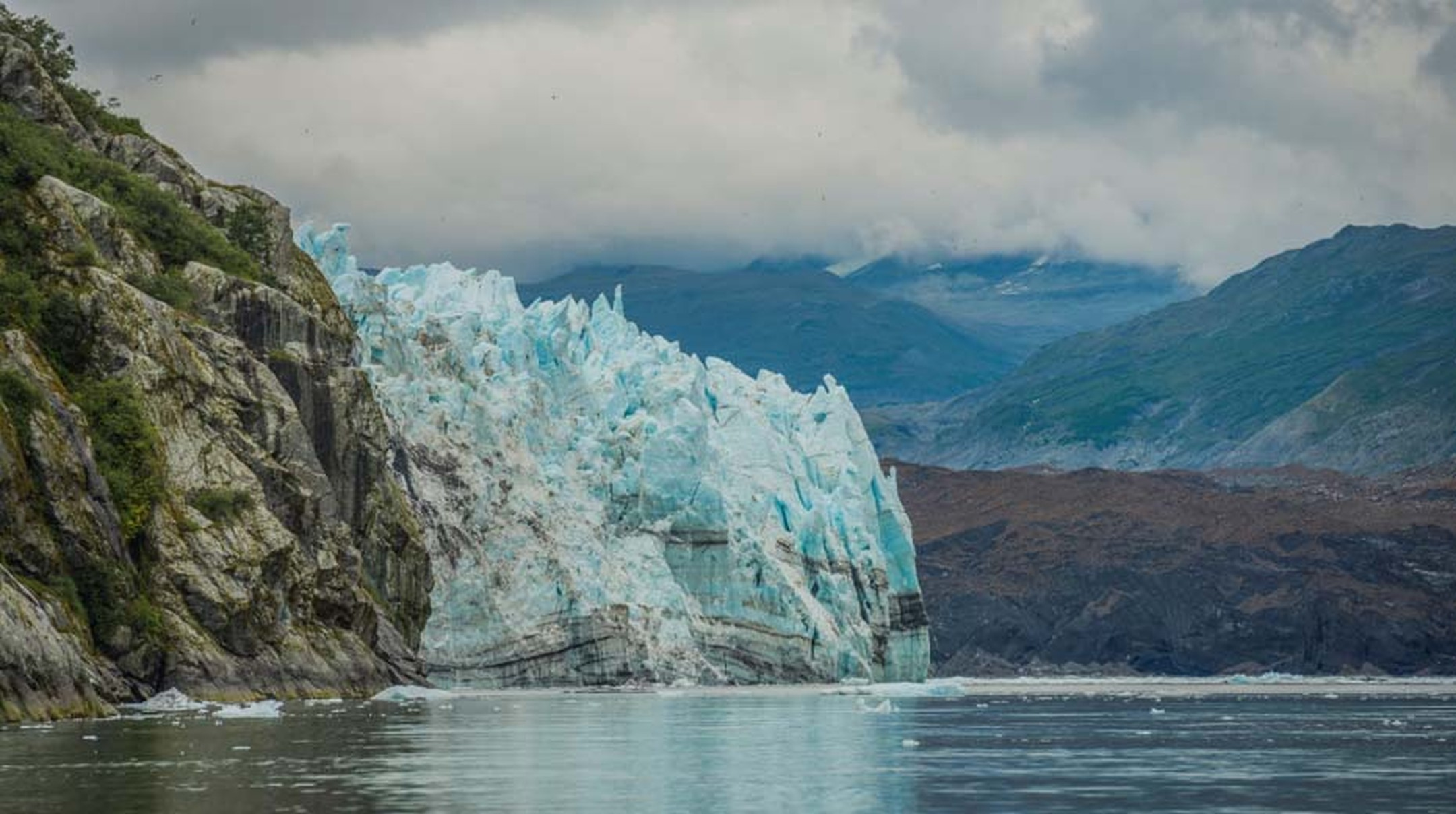 "As Scott Gende, senior scientific advisor of Glacier Bay, explains: ""The scientific research conducted here is of the utmost importance. The zone was declared an American national monument in 1925 due to the unique possibility it affords of studying the s"
