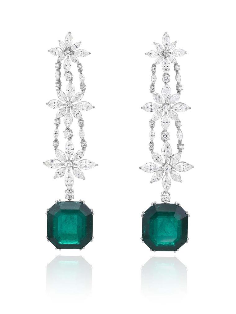 Chopard emerald drop earrings with diamonds from the 2015 Red Carpet collection.