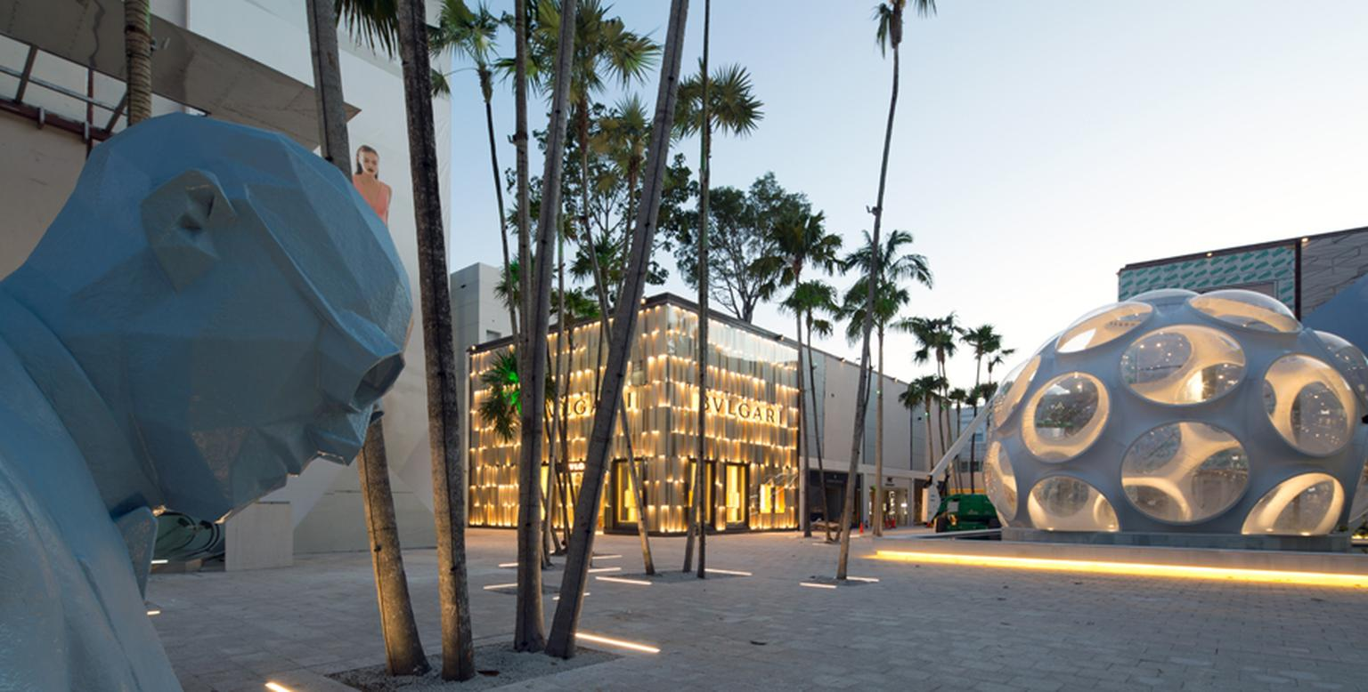 The Miami Design District blends the perfect mix of luxury brands with imposing architecture and art to create a unique shopping experience.