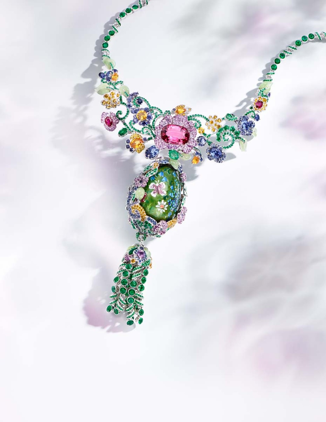 Fabergé will be showcasing both mid-range jewelry as well as a selection of awe-inspiring masterpieces at the Couture Show Las Vegas, including this one-of-a-kind Fabergé necklace, the centerpiece of the Secret Garden collection, with a detachable, rotati