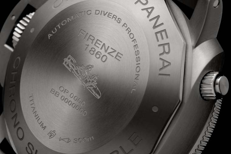 Panerai Luminor Submersible 1950 3 Days Chrono Flyback in titanium depicts the submersible torpedoes used by the frogmen of the Italian Navy on their missions during World War II.