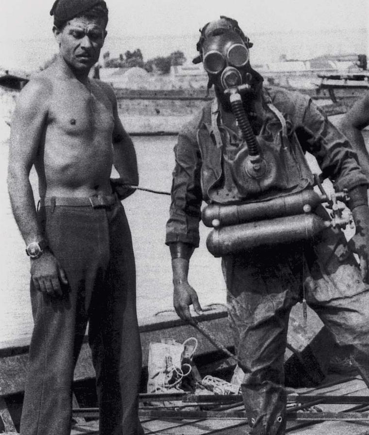 Italian Navy frogmen relied on the precision instruments with superior luminescence supplied to them by Panerai including depth gauges, compasses, underwater torches and watches.