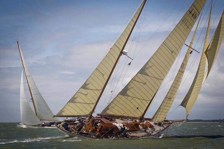 Panerai restored the Eilean Bermudan ketch in 2009 and sponsors the Panerai Classic Yachts Challenge in which this two-masted boat partakes.