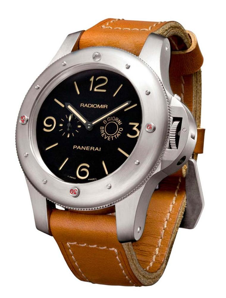In 1956 the Egyptian Navy commissioned a watch from Panerai that would become known as L'Egiziano. Its formidably strong 60mm case featured a novel rotating bezel with four studs to indicate immersion times - capable of withstanding depths of up to 200 me