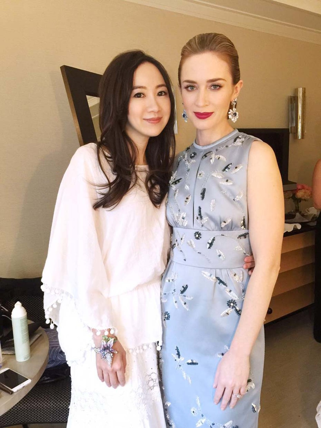 Anna Hu with actress Emily Blunt, who wore a pair of one-of-a-kind sapphire earrings by the designer to the Met Gala 2015.