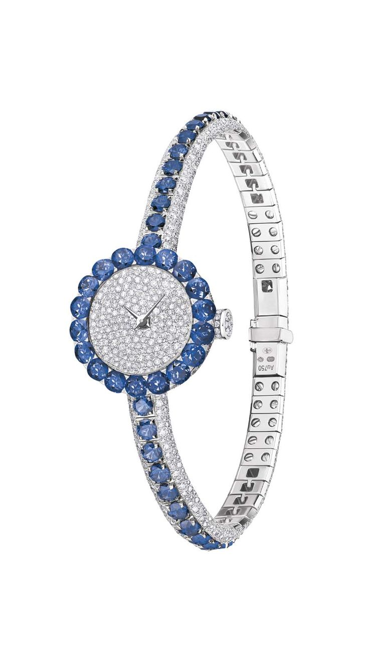The Dior La D de Dior Précieuse high jewellery watch has a fantastic retro appeal and is the kind of watch you can imagine Grace Kelly slipping on with her Dior evening gown.