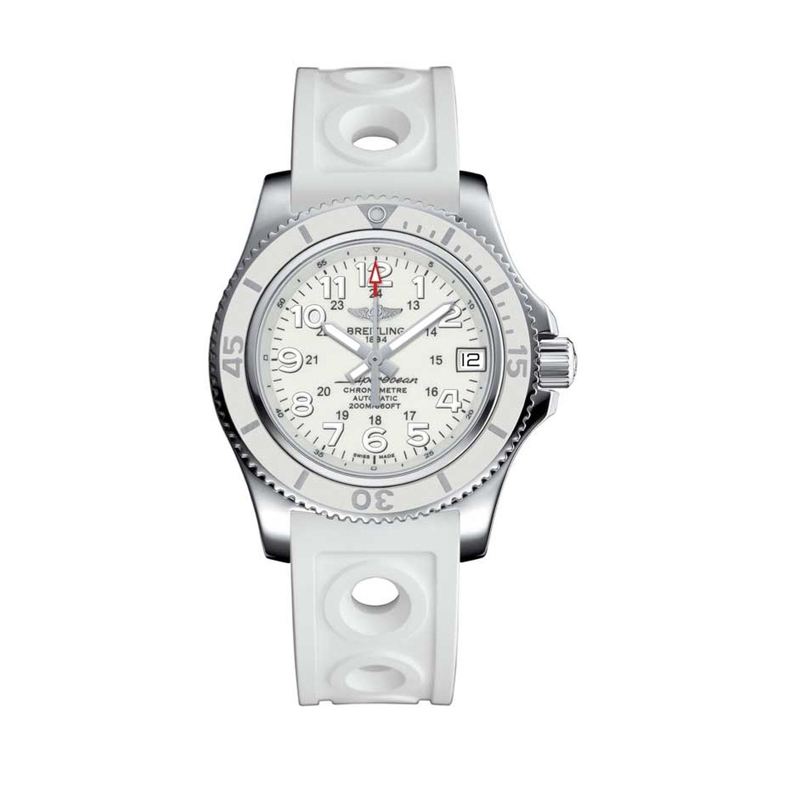 Breitling Superocean II 36mm watch for women in an all-white look is a superdiver with a unidirectional rotating bezel for dive times, luminous hands and numbers, and a sturdy case to withstand depths of 200 metres. Inside the case is a COSC-certified aut