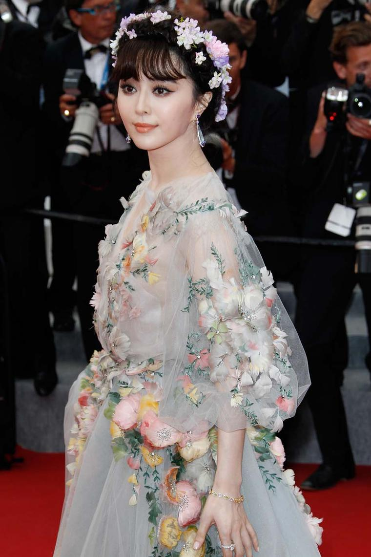 Cannes Red Carpet Jewellery From Day Two Of The Film