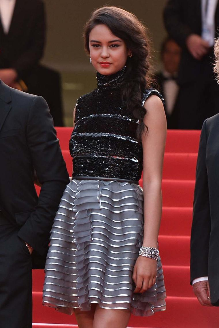 Australian actress Courtney Eaton wore head-to-toe Chanel for day two of the Cannes Film Festival, accessorising with a Chanel fine jewellery Broadway earring in 18ct white gold and diamonds, and a Perle de Rosée bracelet in 18ct white gold, diamonds, spi