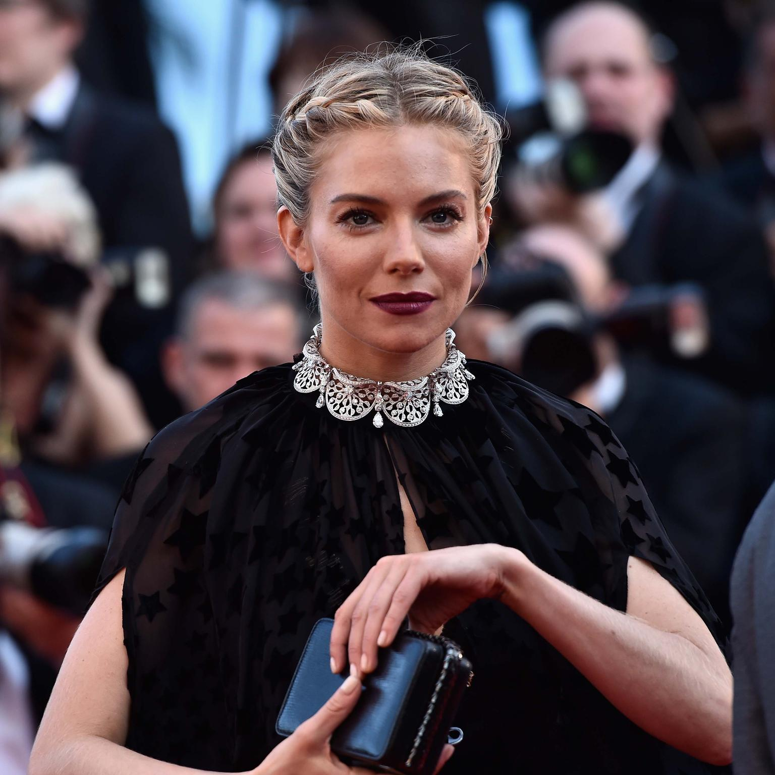 Sienna Miller in Bulgari jewellery