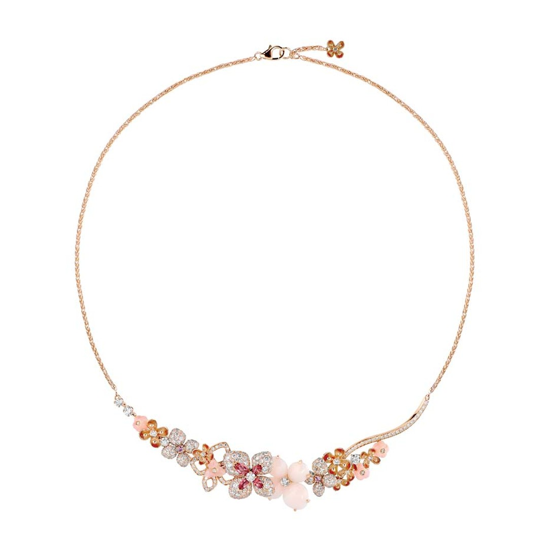 Chaumet Hortensia necklace in pink gold set with angel-skin coral, pink opal, marquise-cut pink tourmalines, brilliant-cut pink sapphires and brilliant-cut diamonds.