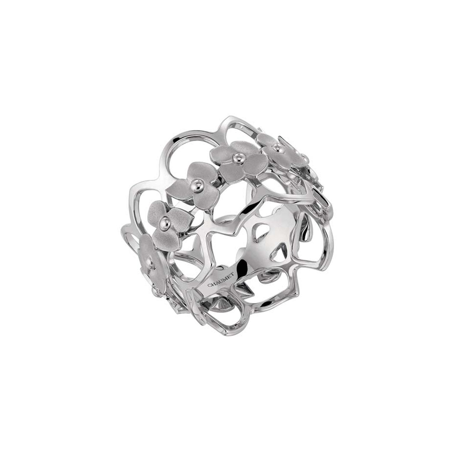 Chaumet Hortensia ring in white gold.