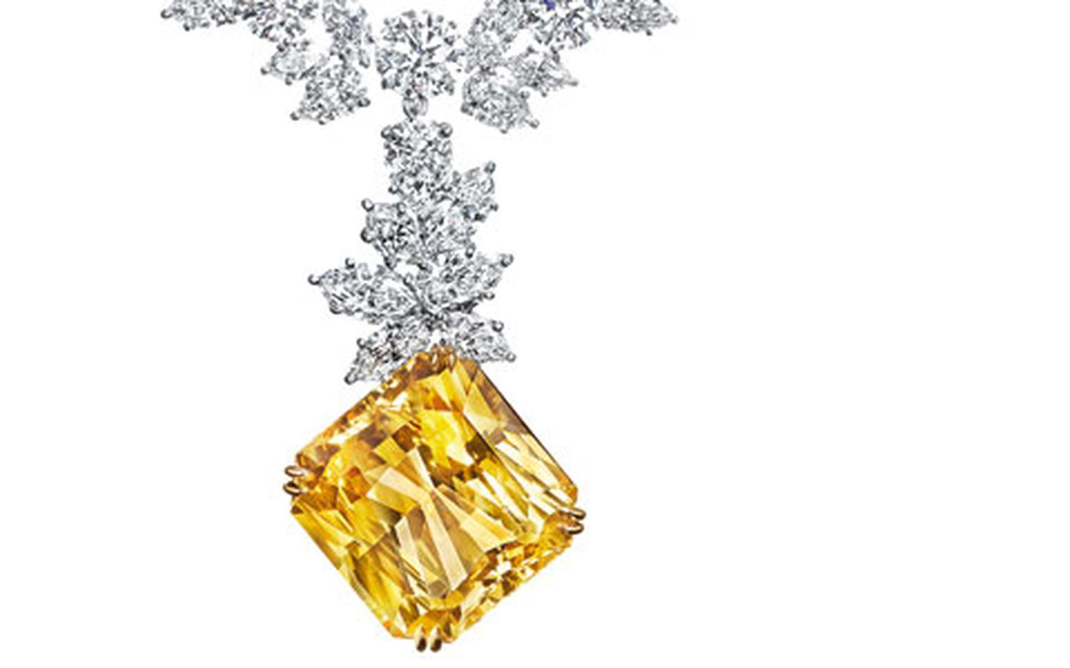 Harry -Winston -V-and -A-Necklace -HP