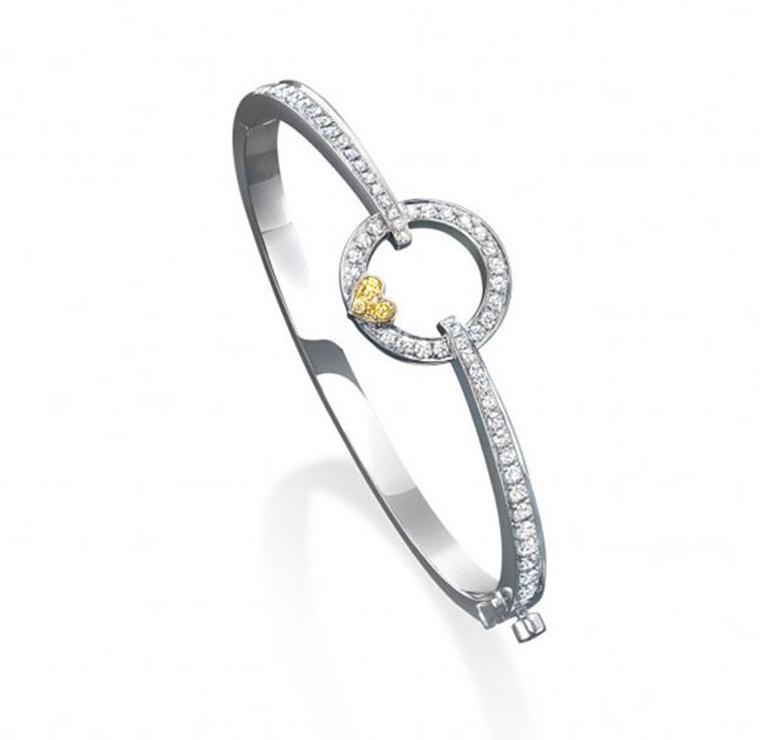 Boodles-GREAT-Bangle-Diamond