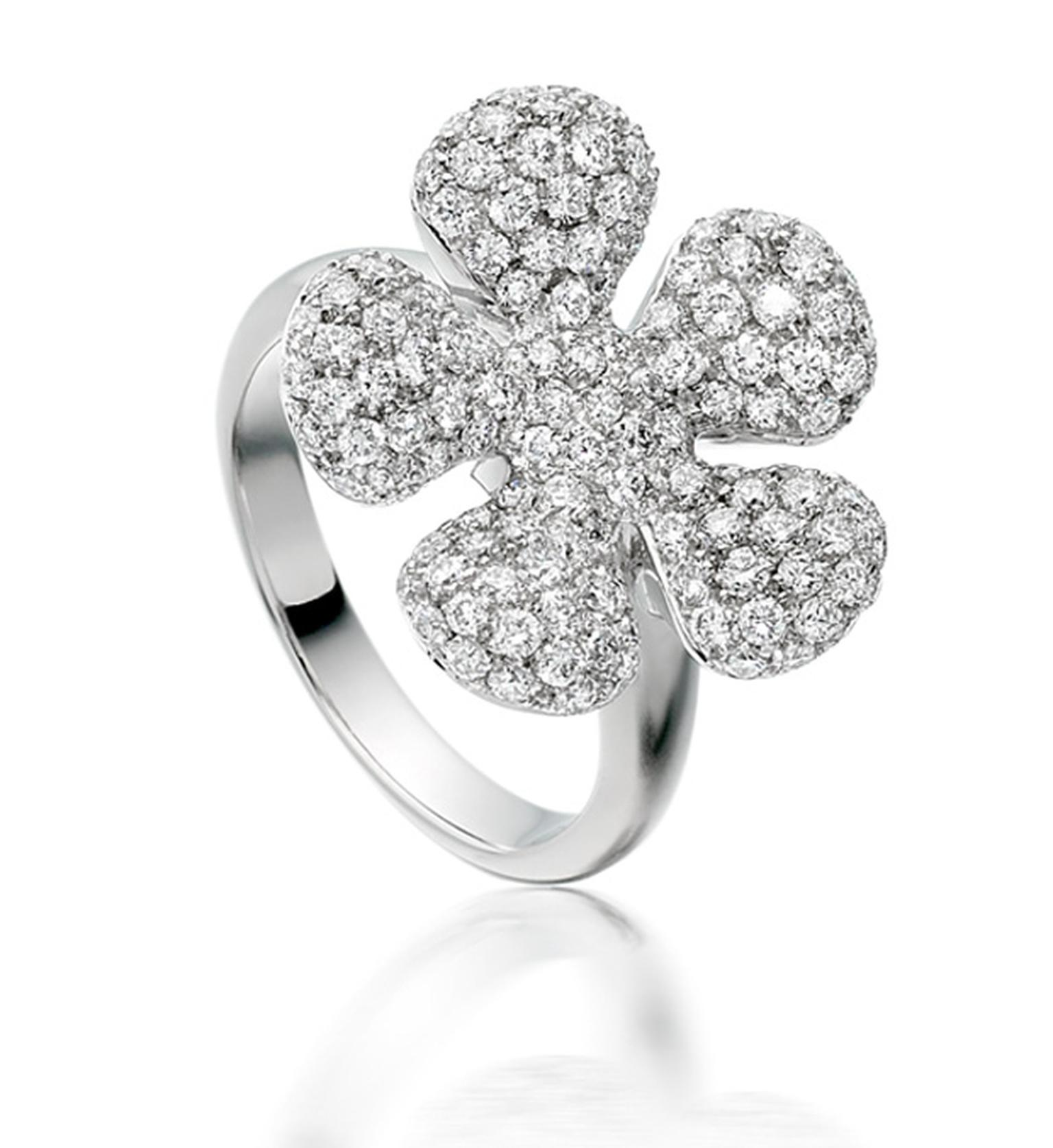 Astley Clarke Forget Me Not ring