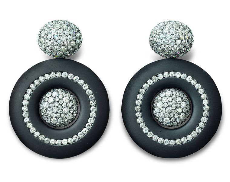Hemmerle-earrings-iron-black-finished-silver-white-gold-old-cut-diamonds-0334_12