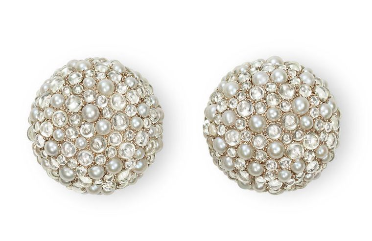 Hemmerle-Earrings-white-gold-natural-pearls-diamond-cabochons-0053_12