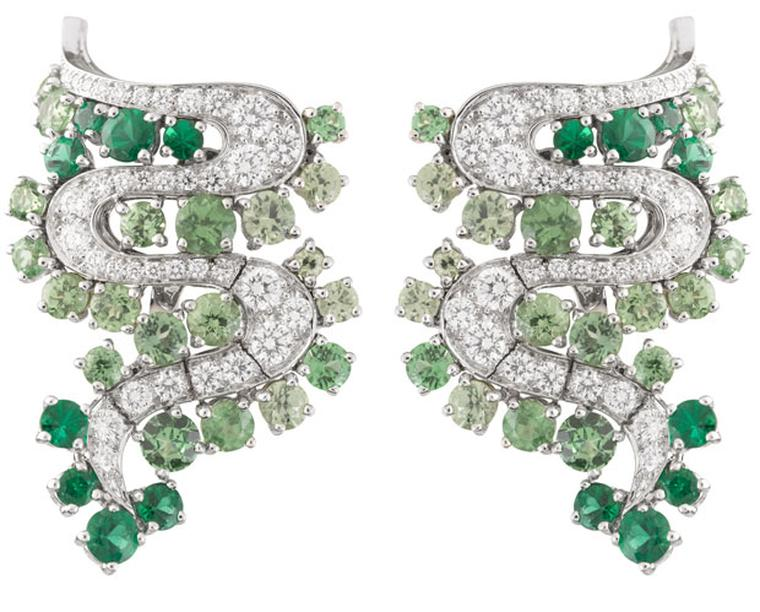 Van Cleef & Arpels Les Voyages Extraordinaire Nil Blanc earrings