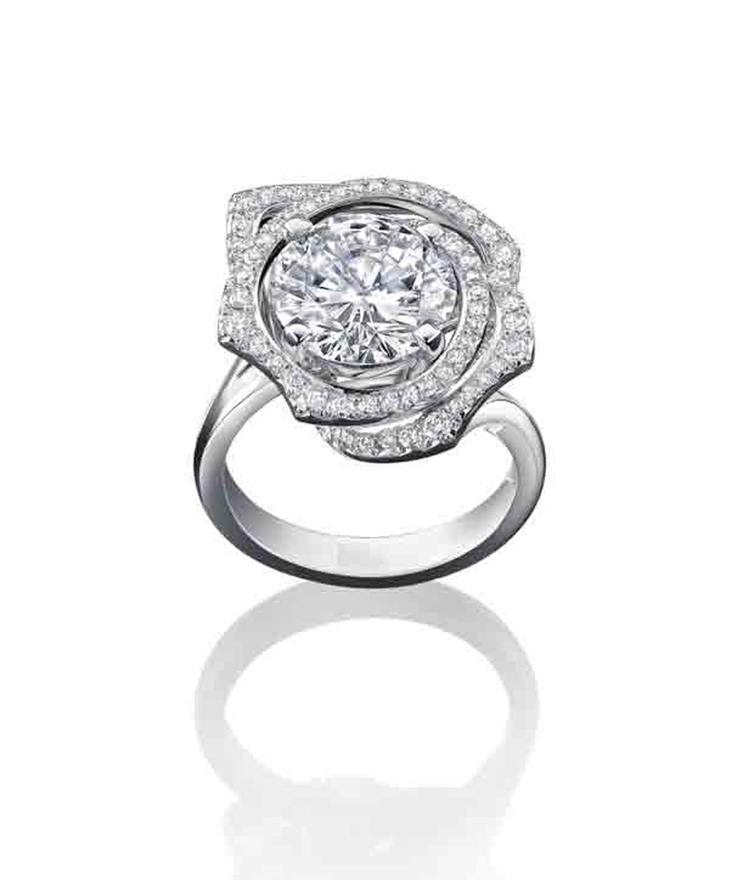 Boodles 4  carat brilliant-cut rose design diamond ring