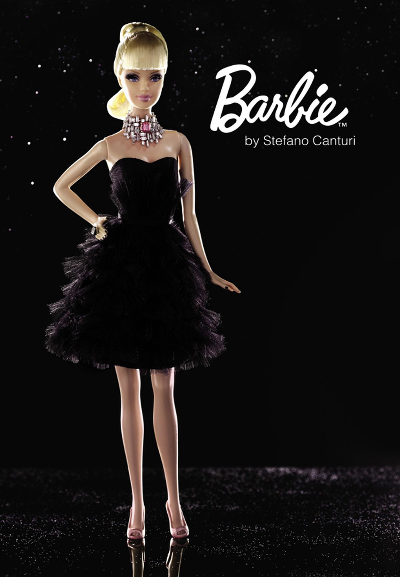 Barbie with pink and white diamond necklace