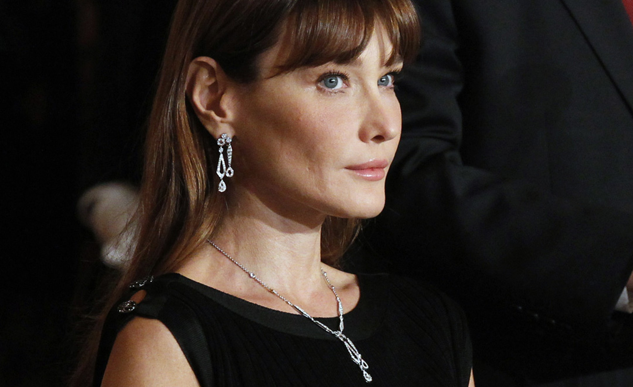 Carla Bruni-Sarkozy in Chaumet earrings and necklace