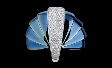 Mattia Cielo Armadillo in blued gold and white gold set with diamonds in fully opened position