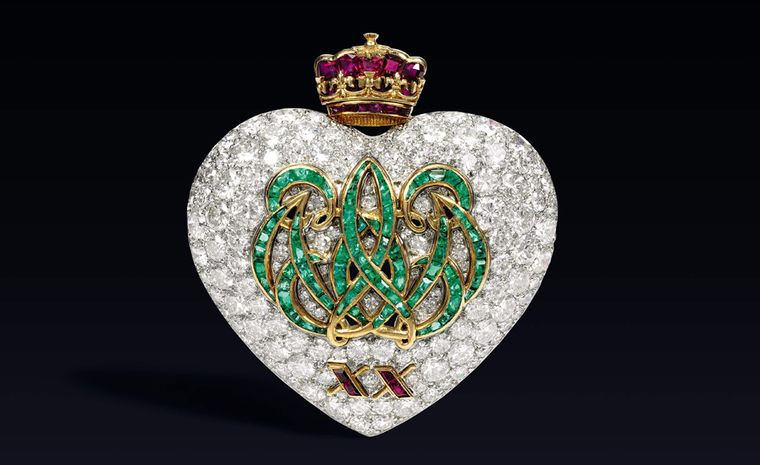 Sotheby's Lot 15 20th Anniversary brooch sold for £205,250