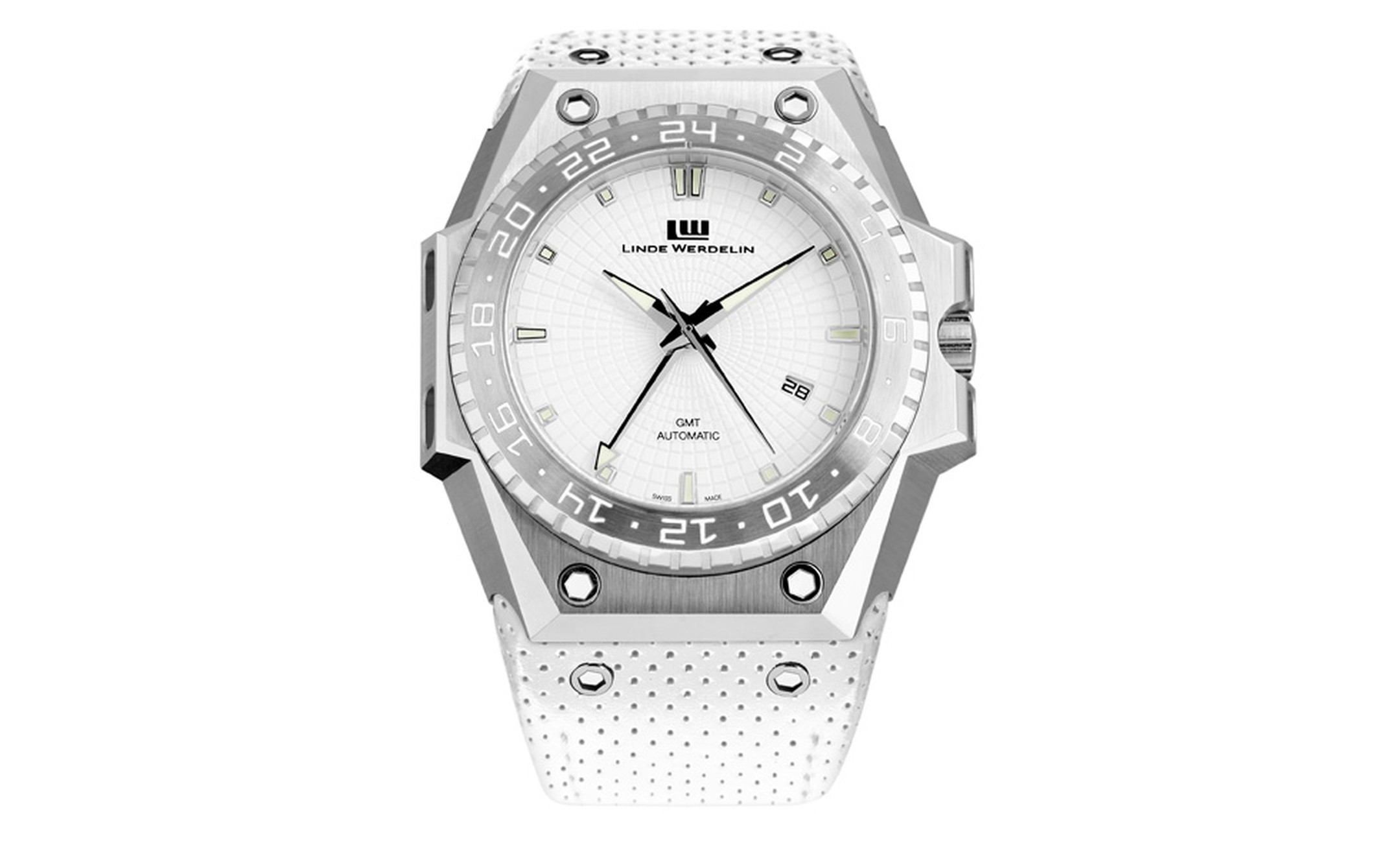 The White watch 4,680 euros and a limited edition of 51 pieces