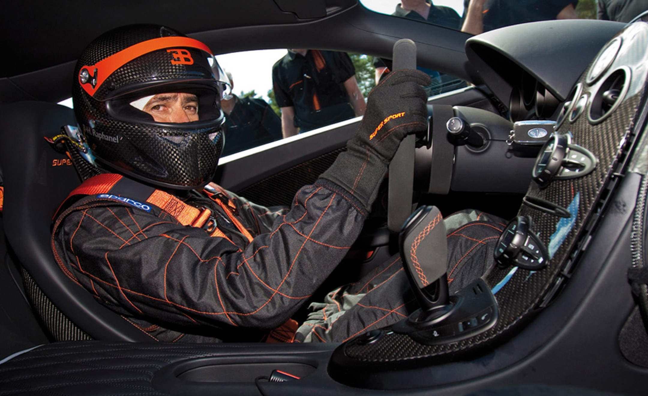 Test driver Pierre-Henri Raphanel at the wheel of the Bugatti Veryon Super Sport