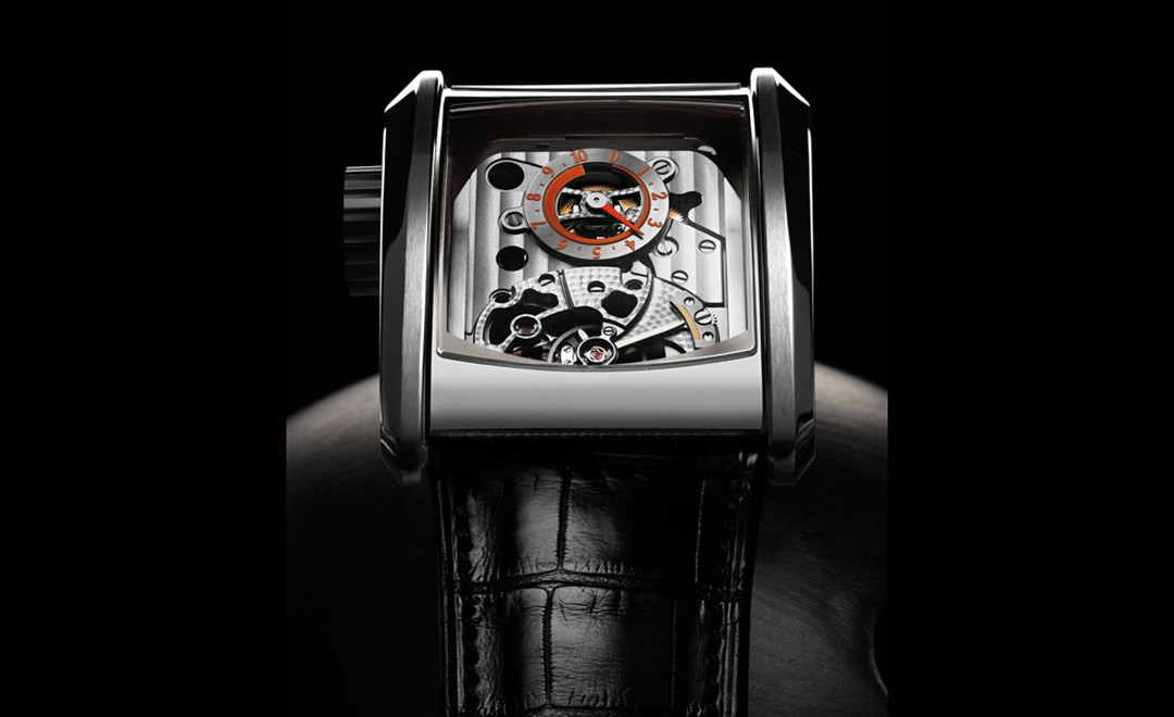 Movement of the Parmigiani Fleurier Bugatti Super Sport visible through the top of the watch.