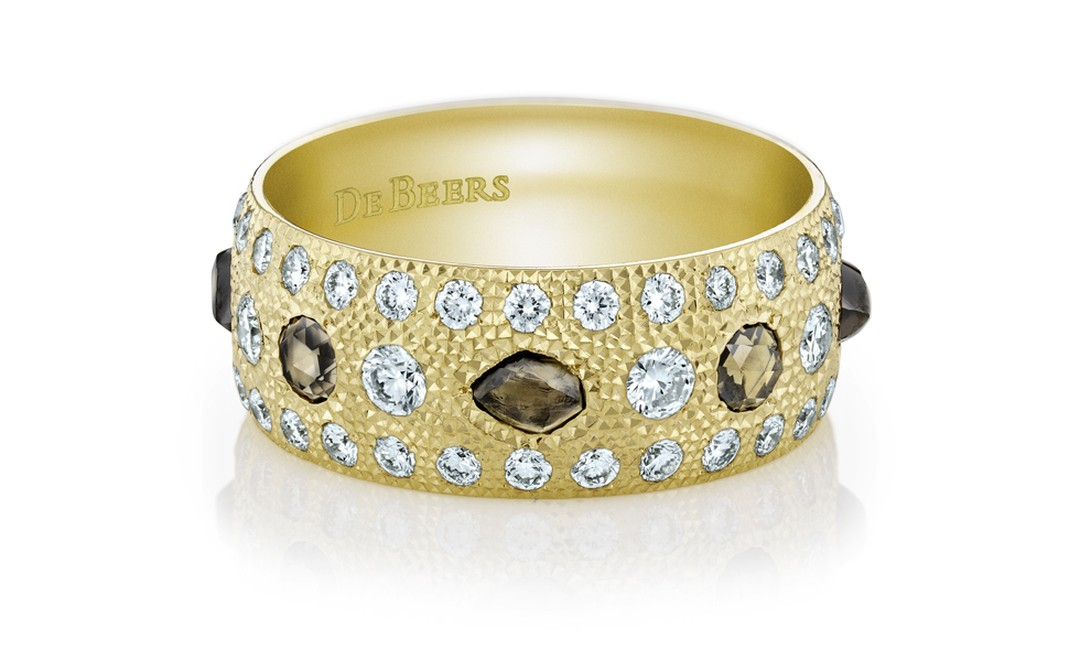 De Beers Talisman band in yellow gold. £6,750